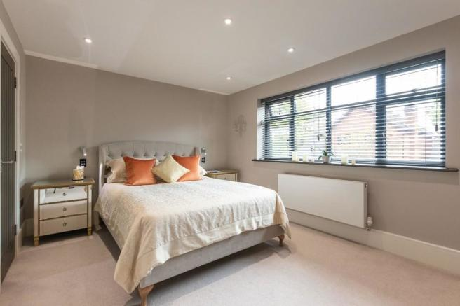 5 Bedroom Detached House For Sale In Morville Close