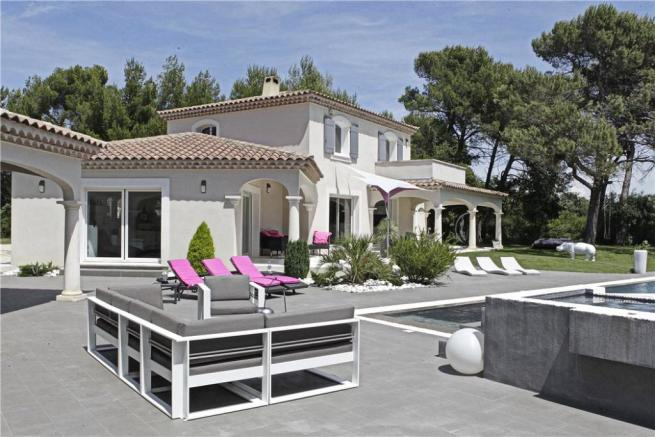 Cabrieres For Sale
