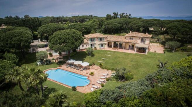 St Tropez Villa Sale