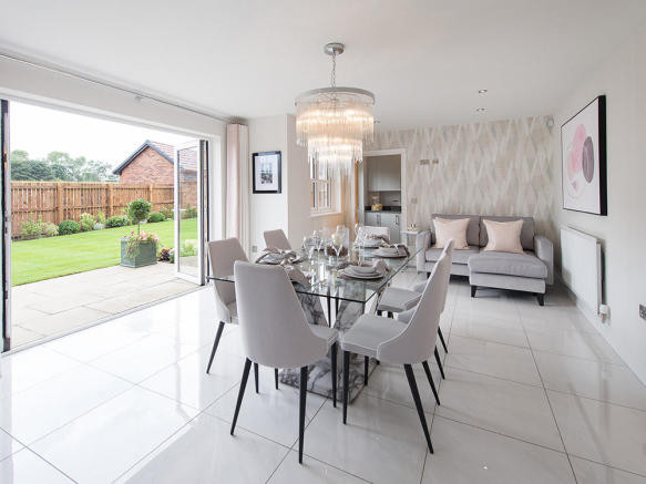 Spacious kitchen/dining/lounge area