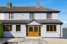 5 bed semi detached home in Monkstown, Dublin