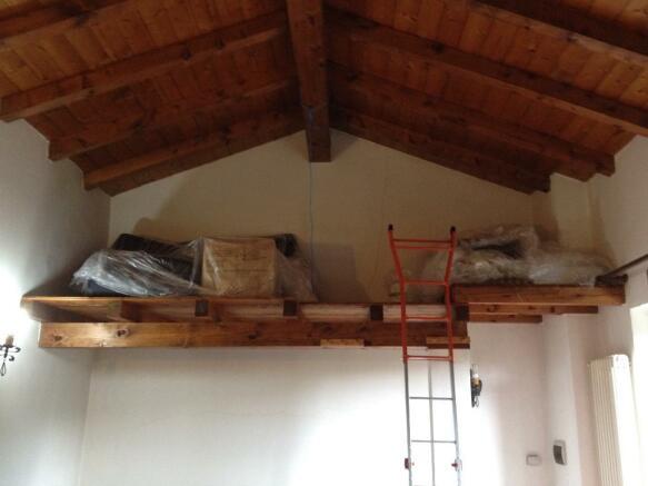 Loft (living room)