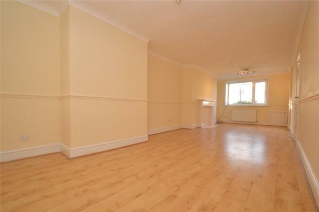 Living Room - V 1