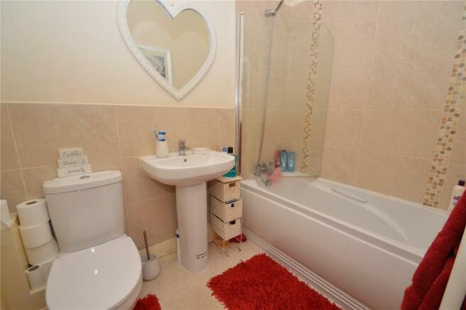 Bathroom - Apt 7