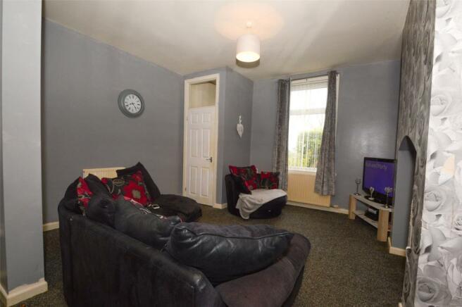 Living Room - V1