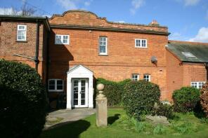 Photo of Hamilton Court, Newmarket