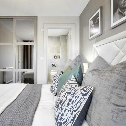 Lawrie Grand Bearsden bedroom detail