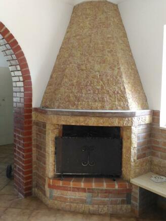 Fireplace detail 1