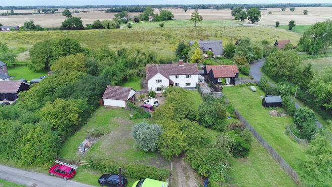 apple tree cottage 2.jpg