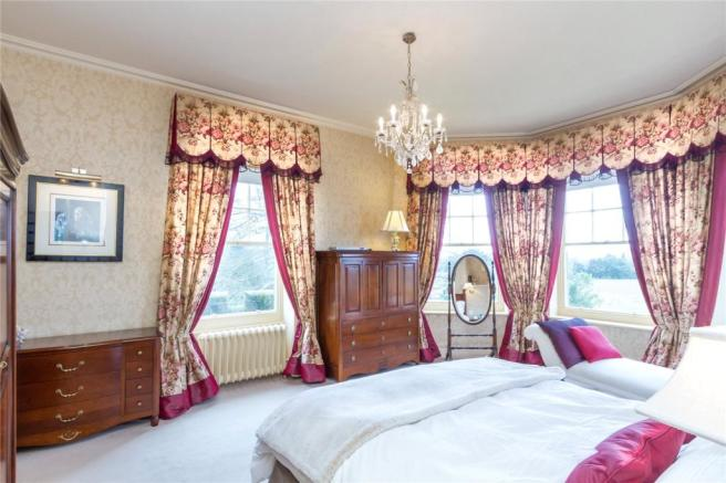 Master Bedroom Img 2