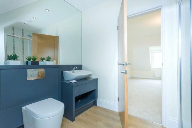 Fourth Bed En-Suite