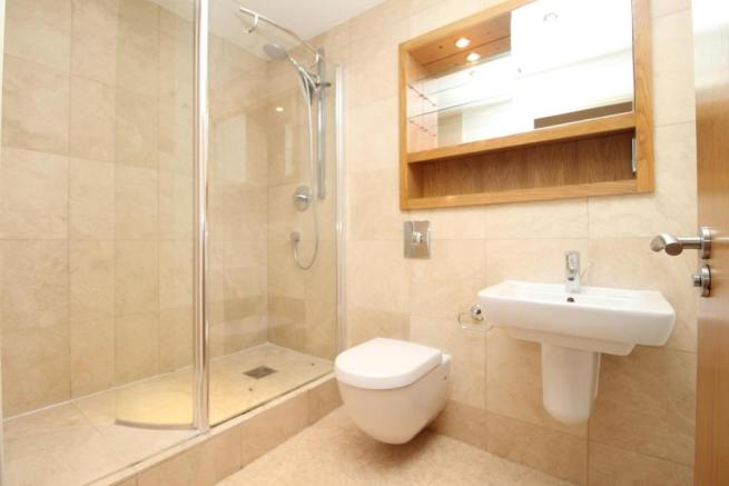 EN-SUITE SHOWER ROOM/ W.C.