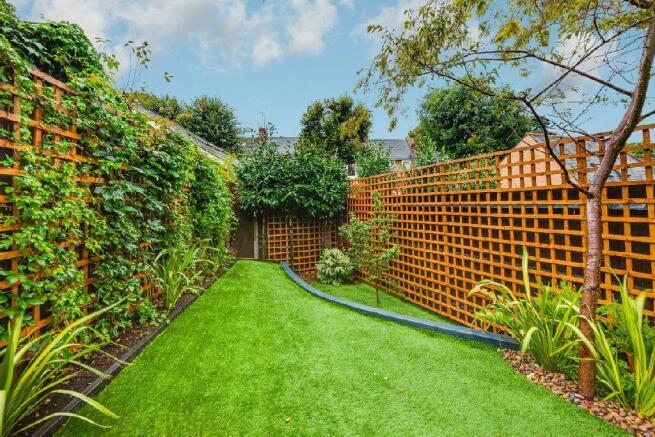 Garden alternate vie