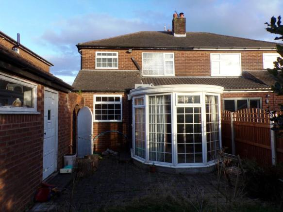 3 Bedroom Semi Detached House For Sale In Carlton Avenue