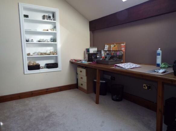 Dresser Area
