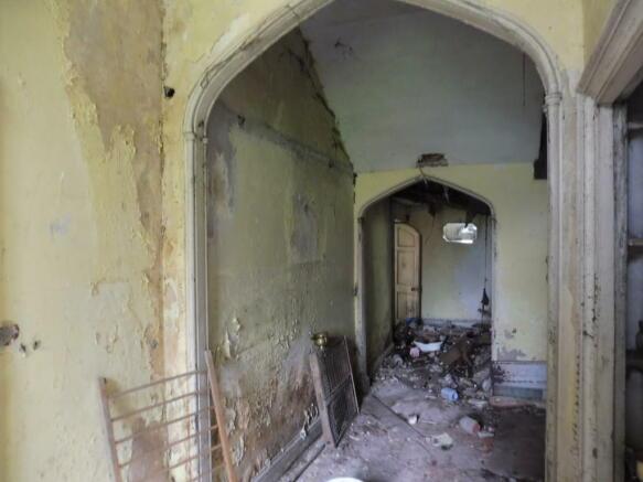 Manor House Hallw...