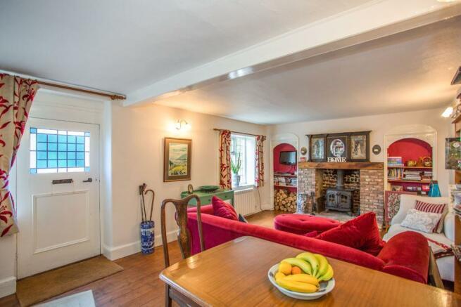 sitting/dining room