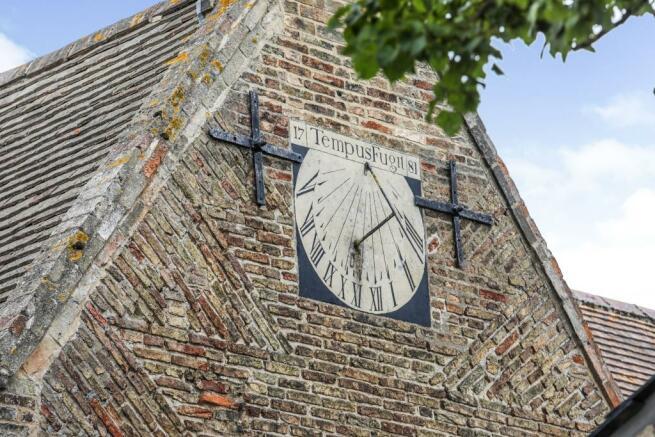 Sundial (side elevat