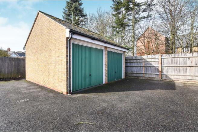 Garage & Driveway