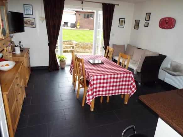 Dining & Family Area