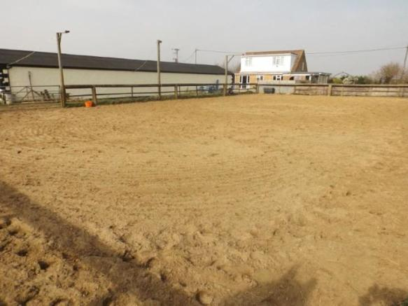 Sand Menage