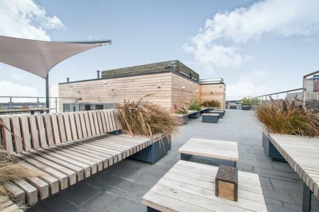 Roof Terrace Green D