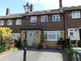Photo of Frensham Drive, New Addington, Croydon, Surrey, CR0