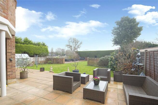 Terrace/Garden View