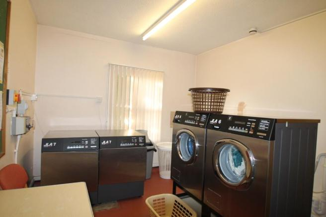 Social Laundry Room