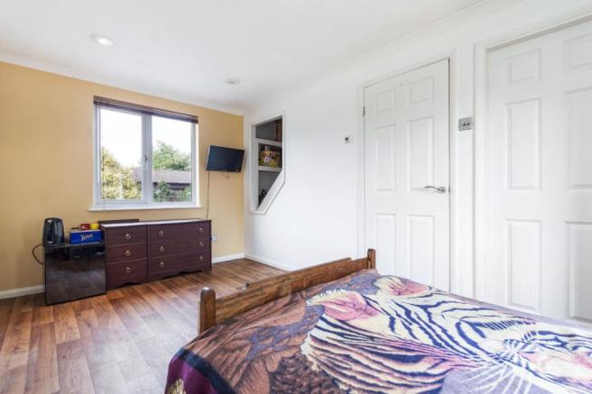 Bedroom 1.a