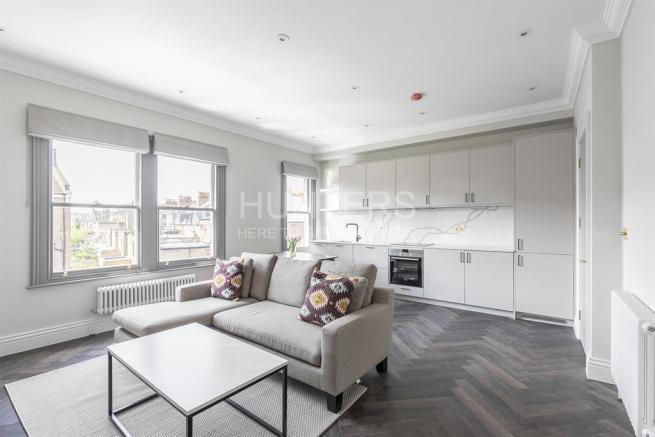 2 bedroom flat for sale in Dunster Gardens, London, NW6 7NH, NW6