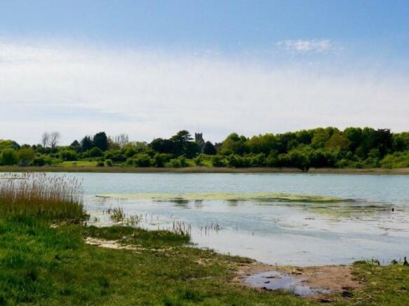 Nearby Yar Estuary