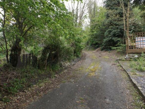 Access Lane to Land