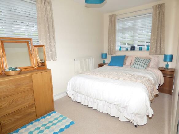 Cottage Bedroom 2