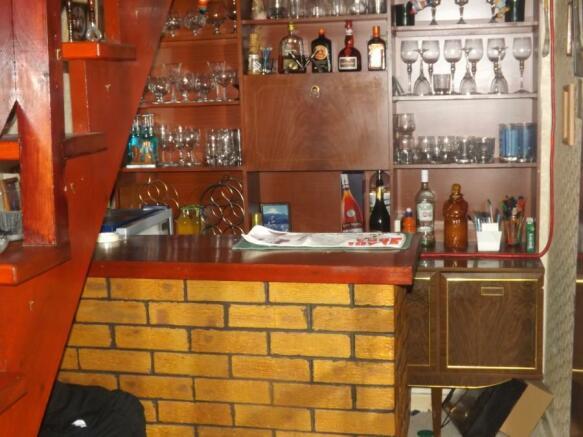 Lower Ground Bar