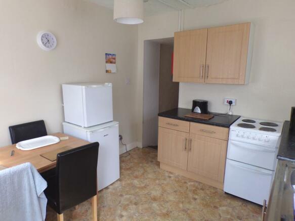 Kitchen (Flat 1)