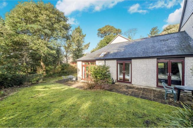 Enjoyable 2 Bedroom Bungalow For Sale In Nursery Cottages Maenporth Home Remodeling Inspirations Genioncuboardxyz