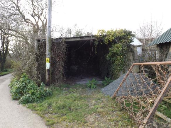 Shed on Road