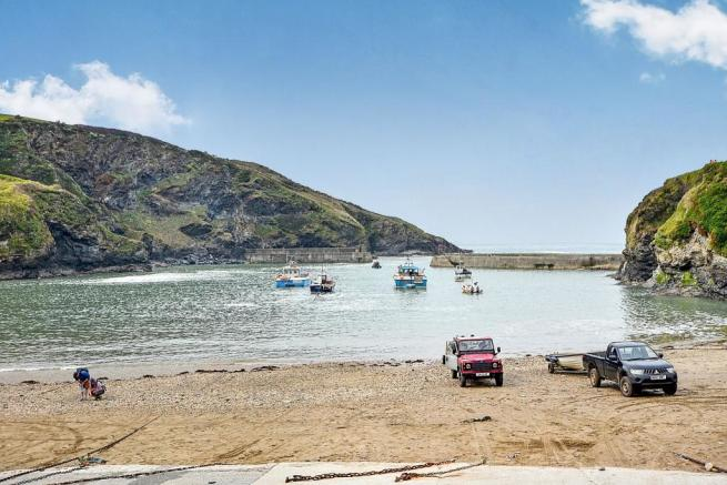 Port Isaac Harbour 5