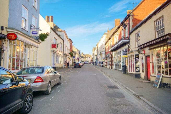 Wotton High Street