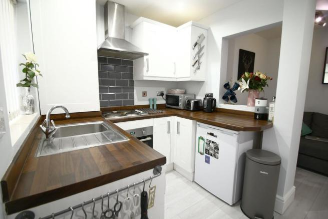 Kitchen and Living S
