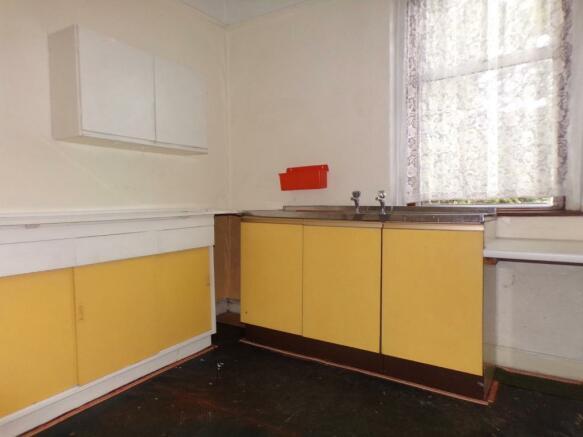 Upstairs Kitchen/Pos