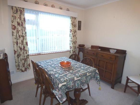 Bedroom Three/Dining