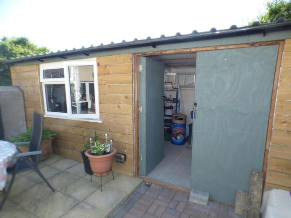 OUTHOUSE/WORKSHOP