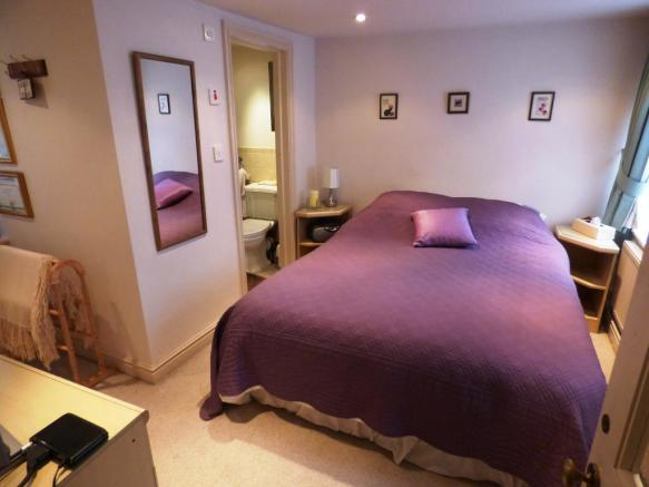Bedroom Three/En-sui