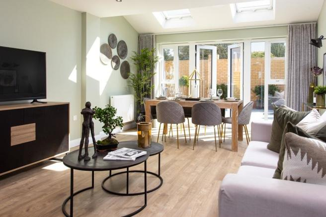 dining and living areas - Elsworth