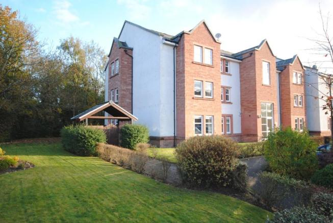 2 bedroom apartment for sale in the fairways, bothwell, glasgow, g71