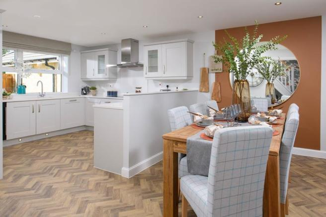 Avondale open-plan kitchen with bay-fronted dining area