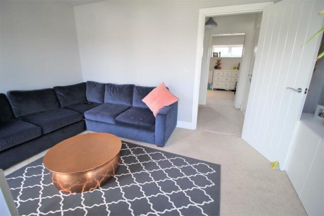 Lounge aspect 2.JPG