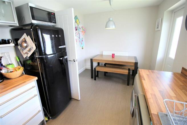 Kitchen Diner aspect 2.JPG